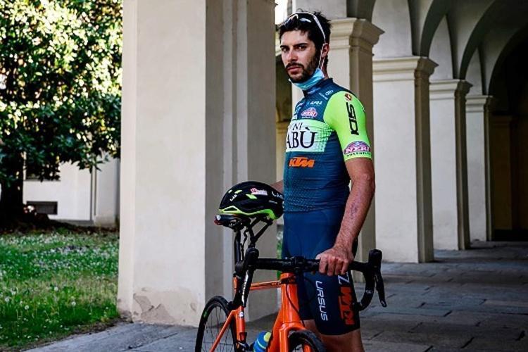 (عکس) دوچرخه سواری که پیک رستوران شد!