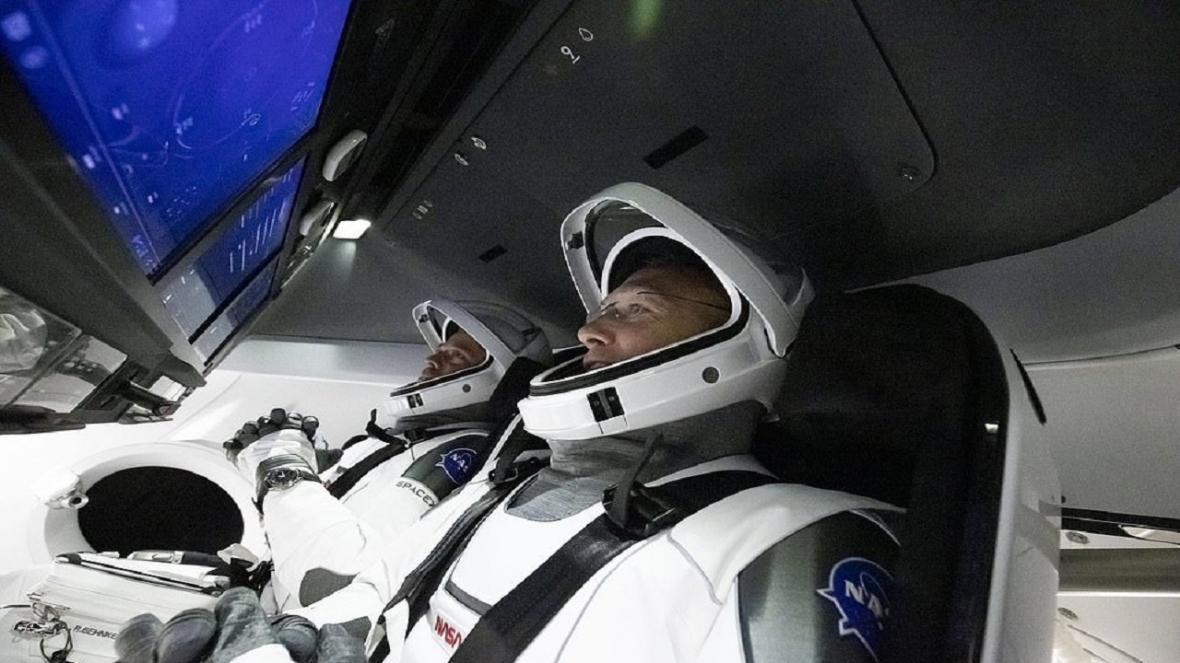 پخش زنده اعزام دو فضانورد ناسا و اسپیس ایکس به ایستگاه فضایی، فضانوردان در مدار زمین قرار گرفتند