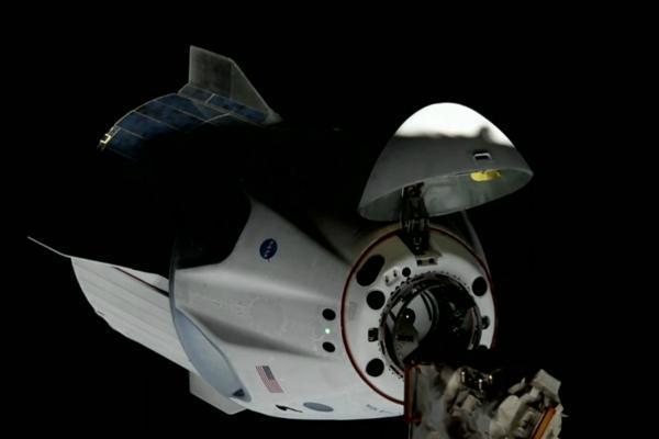 کارایی بالای کرو دراگون برنامه ناسا را تغییر داد