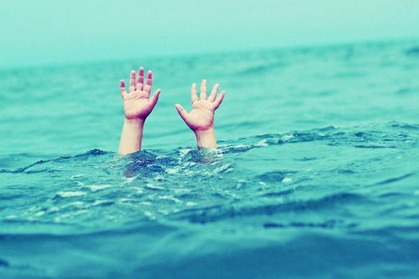 مدیر کل پزشکی قانوی استان کرمانشاه : در 11 ماهه امسال 36 نفر در ابهای استان غرق شده اند